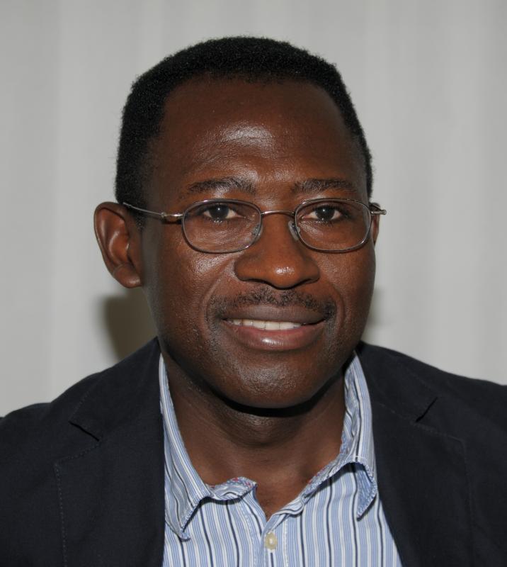 Dr. Wilson Njoh, Augenarzt FMH